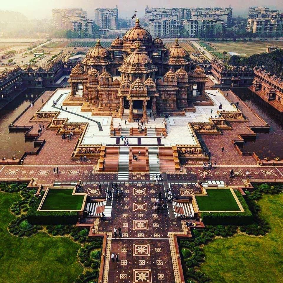 Akshardham New Delhi!  . . . . . #lost #temple #temples #losttemple #losttemples...